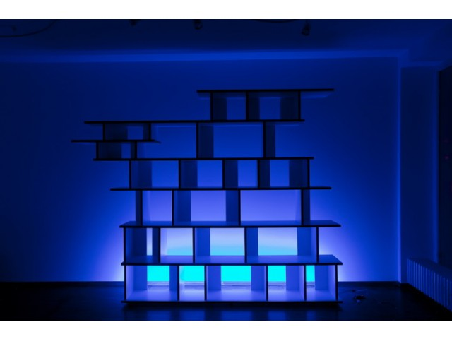 led zeta rgb clips glaskantenbeleuchtung glasbodenbeleuchtung glasbeleuchtung vitrinen. Black Bedroom Furniture Sets. Home Design Ideas